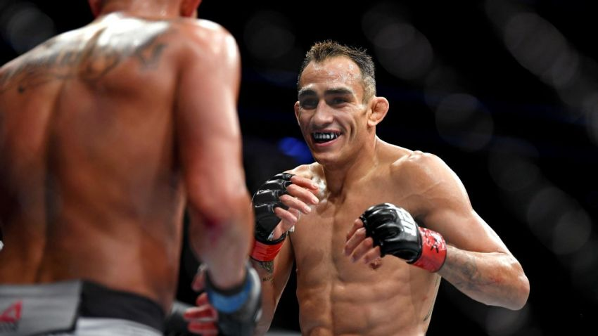 """Реакция Тони Фергюсона на отмену UFC 249: """"Я продолжу улыбаться и тренироваться"""""""