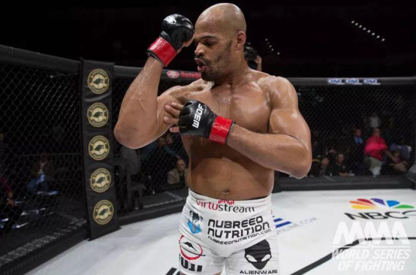 UFC Fight Night 128: Дэвид Бранч нокаутировал Тиаго Сантоса
