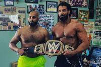Звезда WWE Джиндер Махал будет сопровождать дебютанта UFC Аржана Буллара в октагон на турнире UFC 215
