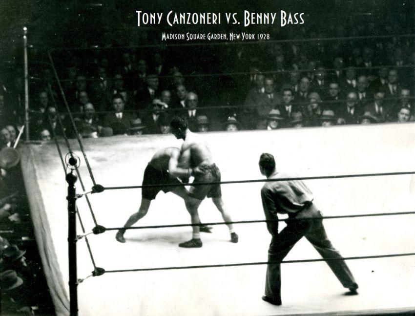 Этот день в истории бокса был отмечен яркой встречей в Madison Square Garden