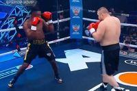 Вячеслав Дацик эффектно нокаутировал Тайсона Дижона, выбив соперника за пределы ринга