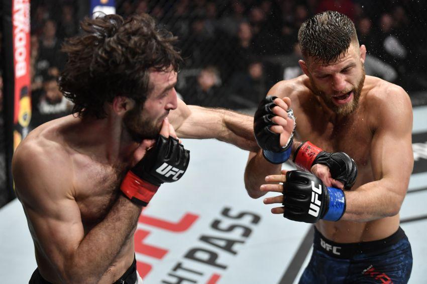 Фото с турнира UFC Fight Night 163: Забит Магомедшарипов - Келвин Каттар