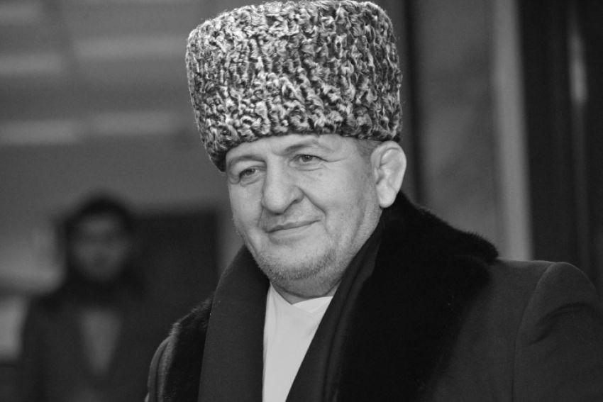 Александр Емельяненко отреагировал на смерть Абдулманапа Нурмагомедова