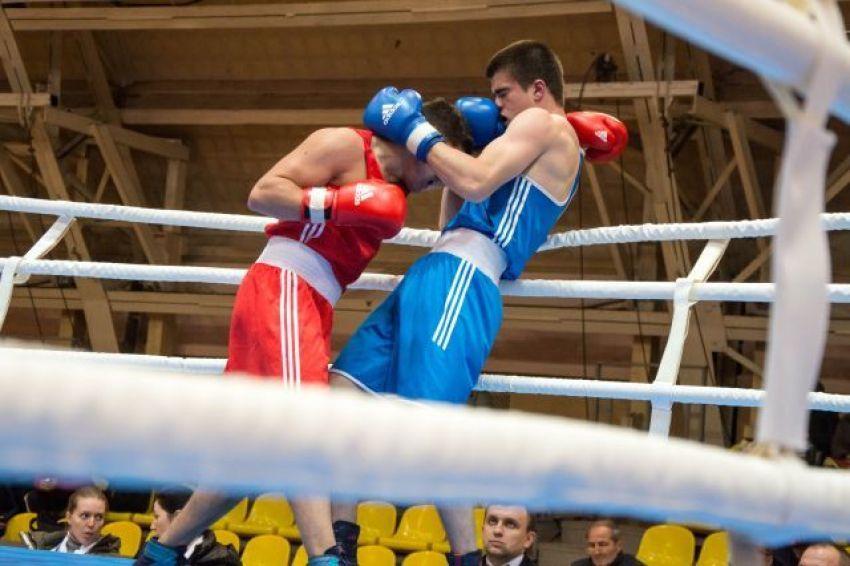 Федерация бокса России постановила наказать трудовыми работами виновников потасовки в Екатеринбурге