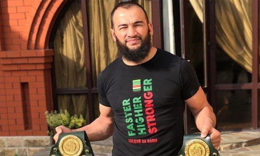 Альберт Дураев подерется за право выступать в UFC