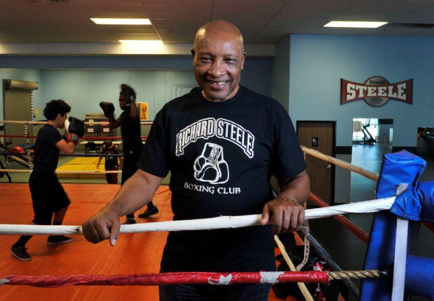За пределами ринга: Ричард Стил