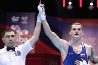 Четверо российских боксеров сумели пробиться в полуфиналы чемпионата мира, гарантировав себе медали