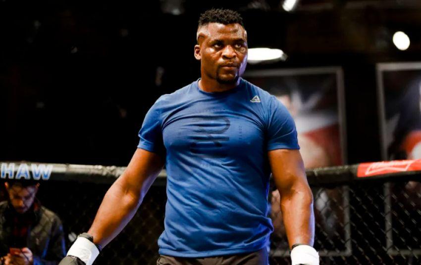 Франсис Нганну встретится с Алистаром Оверимом на UFC 218