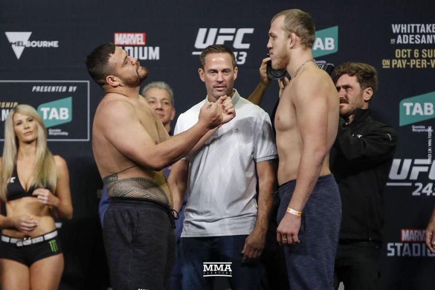 Видео боя Сергей Спивак - Тай Туиваса UFC 243