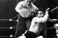 Этот день в истории: Шугар Рэй Робинсон нокаутировал Рокки Грациано