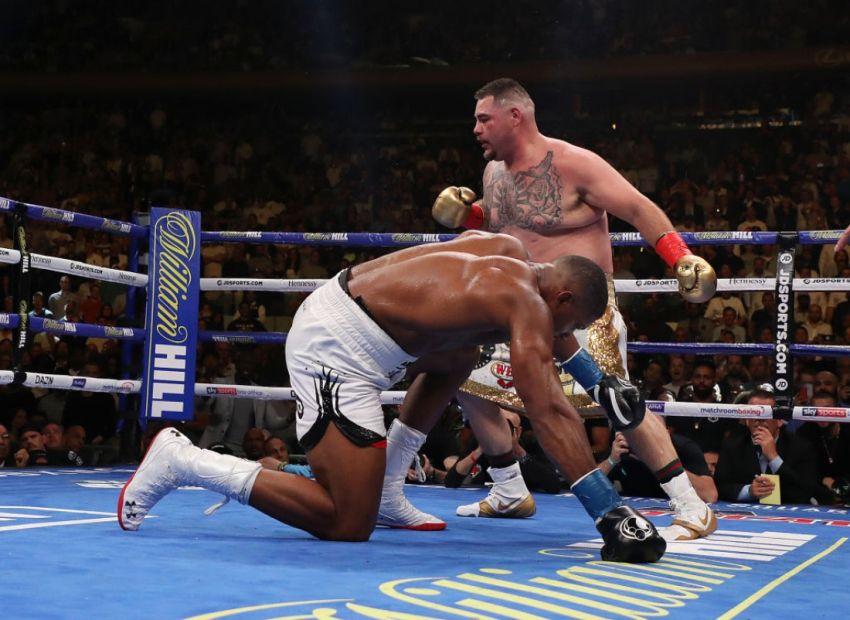 """Деонтей Уайлдер: """"Джошуа пытался покинуть ринг, поскольку не знал, что делать с Руисом"""""""