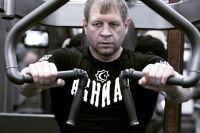 Александр Емельяненко сравнил Шлеменко с родным братом Федором