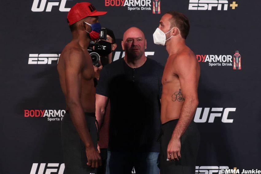 Видео боя Нил Магни - Энтони Рокко Мартин UFC 250