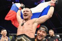 Менеджер Петра Яна считает, что россиянин может подраться за временный титул UFC