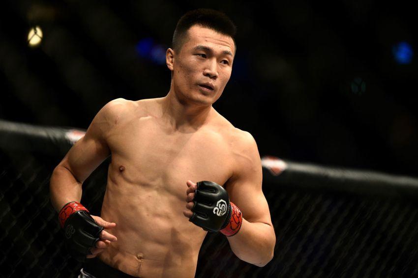 """""""Корейский Зомби"""" недоволен своим местом в рейтинге бойцов полулегкого веса UFC"""