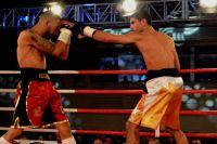 СМИ: Артем Далакян дрался с Пересом со сломанной рукой