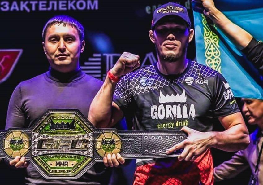 Даурен Ермеков одолел Артура Гусейнова, став временным чемпионом среднего веса на GFC 23