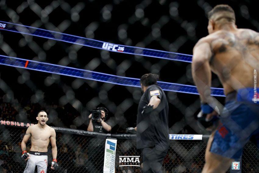 Зарплаты бойцов турнира UFC 216