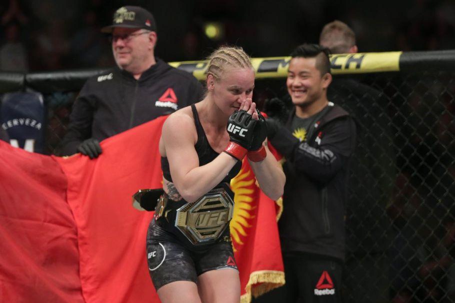 Валентина Шевченко уверено защитила свой титул против Лиз Кармуш на UFC Fight Night 156