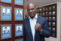 Холифилд введен в Международный зал славы бокса