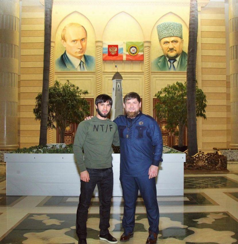 """Рамзан Кадыров пригласил Зубайру Тухугова выступать в клубе """"Ахмат"""""""