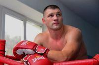 Евгений Романов победил Ариэля Бракамонте решением судей