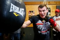 Матеуш Мастернак обещает выиграть Всемирную боксерскую суперсерию
