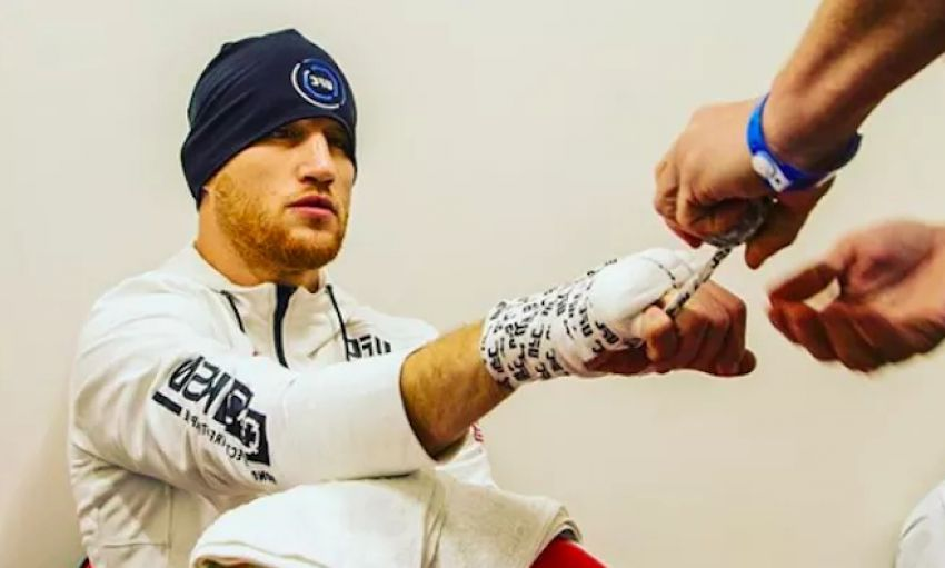 Выплаты Reebok участникам турнира UFC on FOX 29