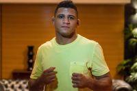 СМИ: Гилберт Бернс сдал положительный тест на коронавирус и не подерется с Усманом в главном бою UFC 251
