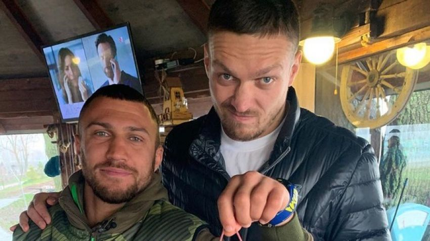 Ломаченко и Усик вместе приняли джакузи: видео