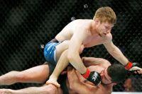Бонусы турнира UFC on ESPN 7: Алистар Оверим - Жоарзиньо Розенштруйк