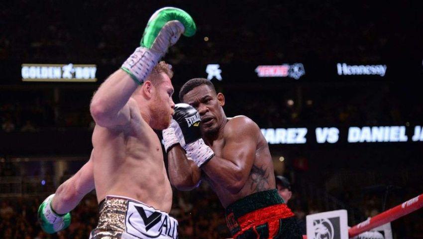 Сауль Альварес не будет драться в сентябре, бой отложен