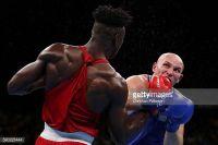 Нигерийский супертяж нокаутер Эфе Аджагба переходит в профессиональный бокс