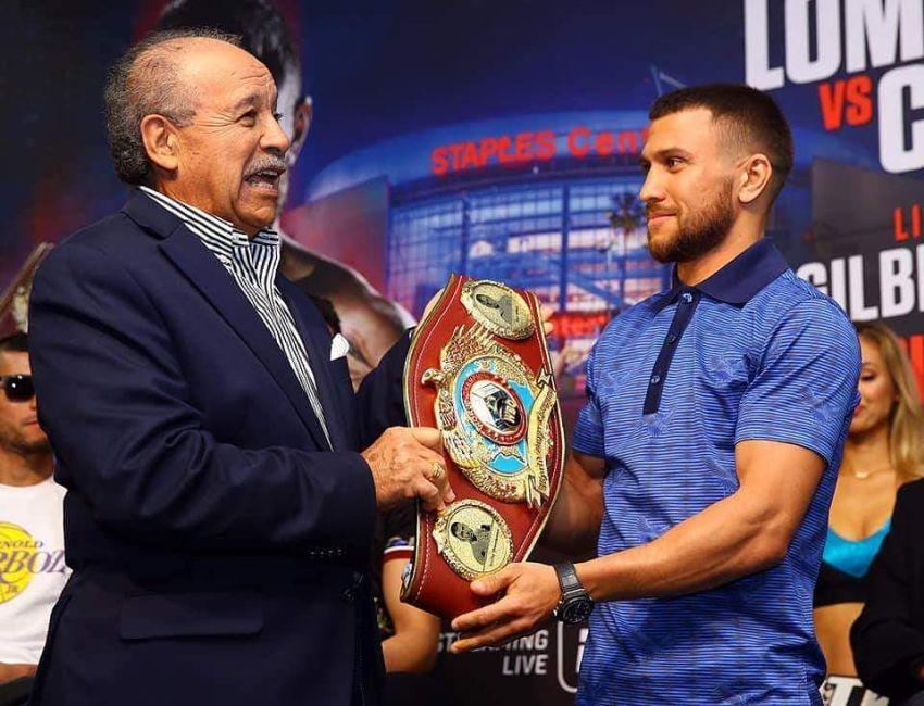 WBO поздравила Василия Ломаченко с победой над Люком Кэмпбеллом