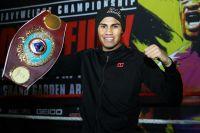 Официально: Эмануэль Наваррете освободил пояс WBO в 122 фунтах и перешел в следующий вес