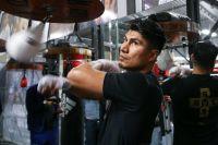 Майки Гарсия провел открытую тренировку за две недели до боя с Джесси Варгасом