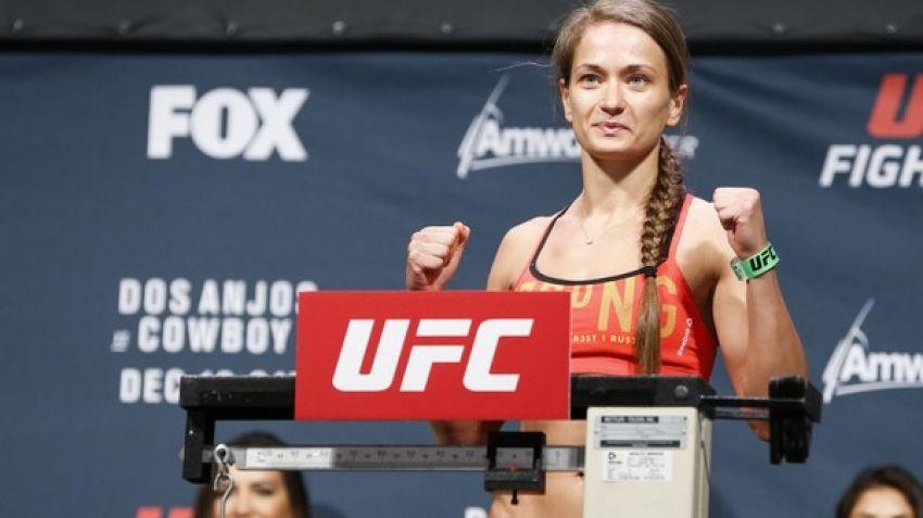 Каролина Ковалькевич объяснила, зачем она спарринговала с мужчинами перед UFC 238