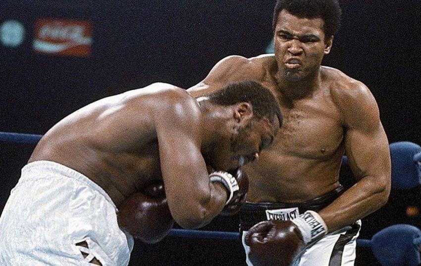 Этот день в истории: Мохаммед Али реваншировал поражение Джо Фрейзеру