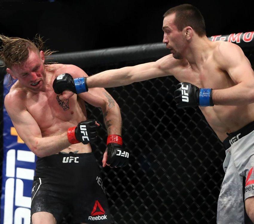 Аскар Аскаров победил Тима Эллиотта на UFC 246