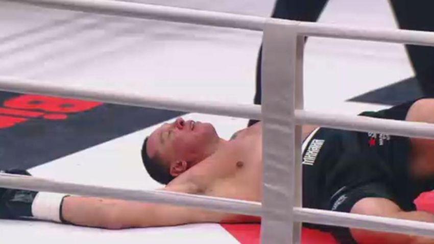 Александр Емельяненко нокаутировал Михаила Кокляева в первом раунде