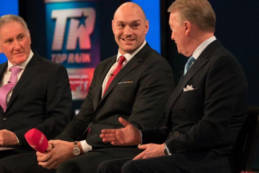 Тайсон Фьюри расхваливает своего следующего соперника Тома Шварца